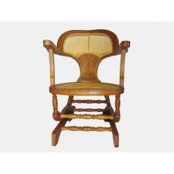 Cadeira de Balanço Restaurada